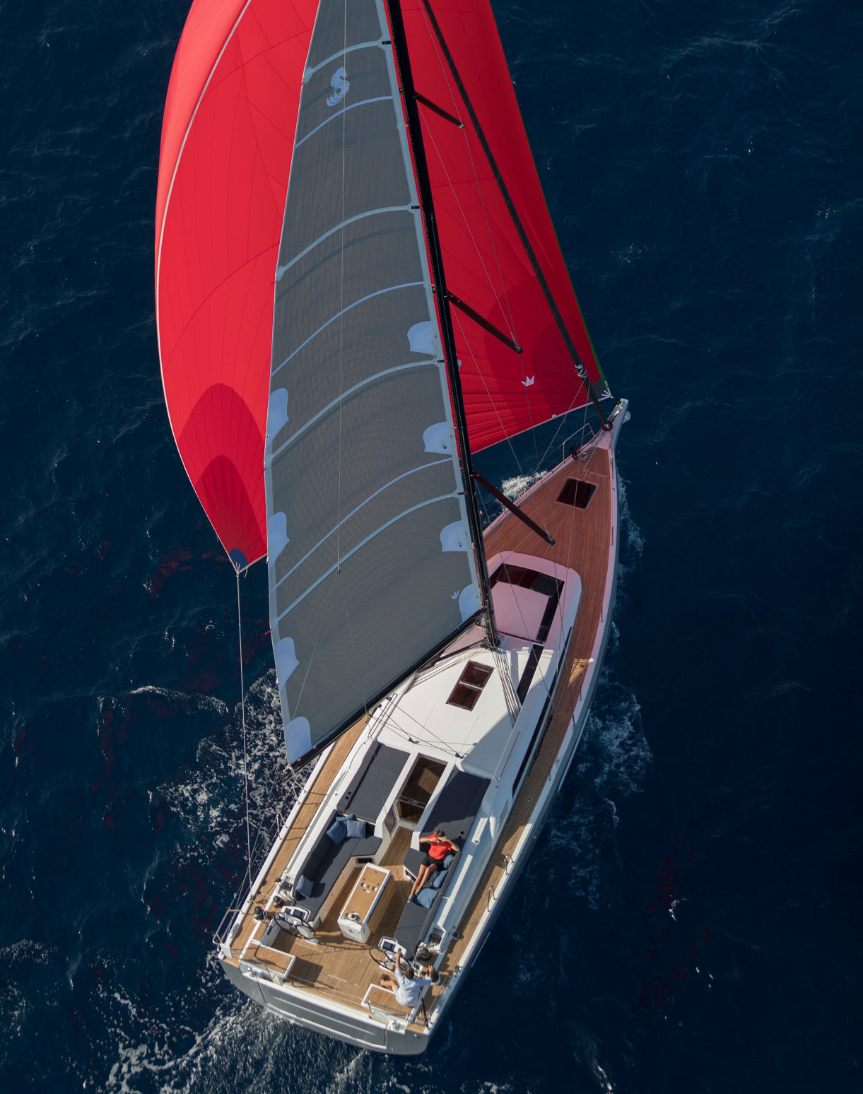 Beneteau Oceanis 51.1 wins Yacht of the Year in Italy