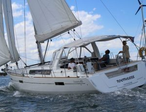 Beneteau Oceanis 45 Family Version