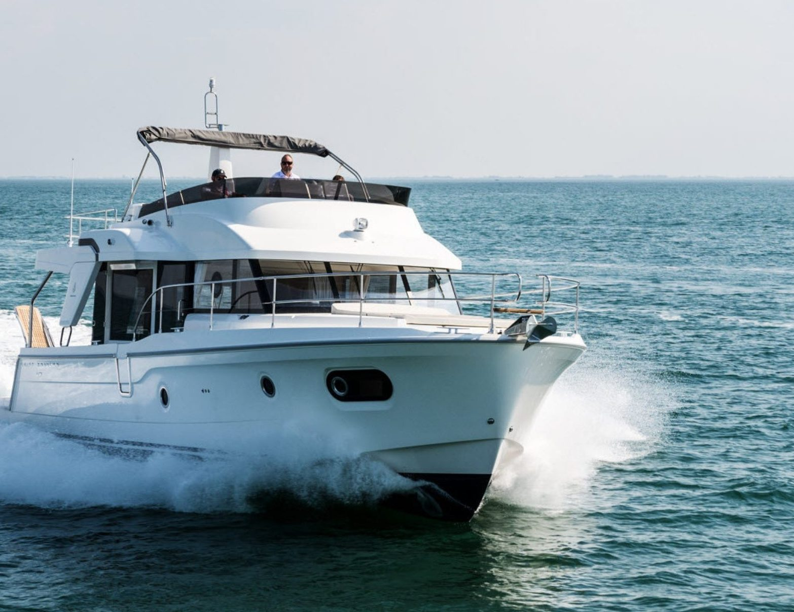 Swift Trawler 47 - Sociable & Spacious!