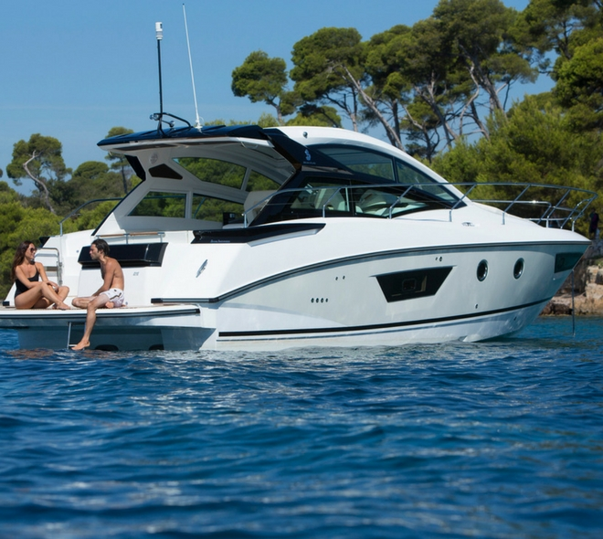 Motorboat & Yachting Review