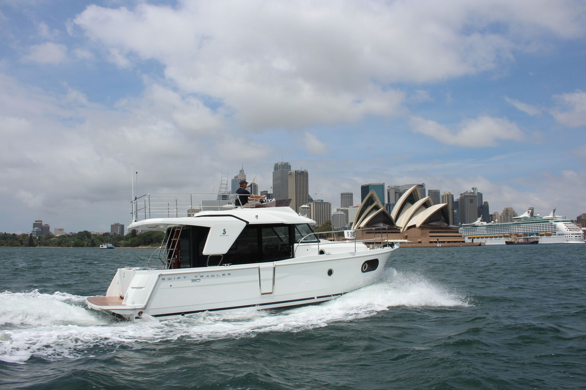 Owner Review - Swift Trawler 30 Ticks All the Boxes